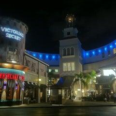 Photo taken at Aventura Mall by Johana C. on 3/12/2013