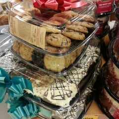 Photo taken at Fred Meyer by Wish P. on 12/22/2013