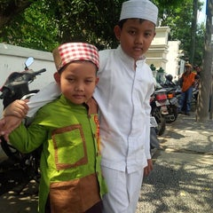 Photo taken at Masjid Pangeran Jayakarta by Agung D. on 5/16/2014