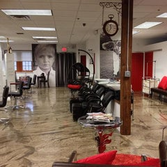Photo taken at Thomas Cole Salon by Thomas G. on 12/23/2013