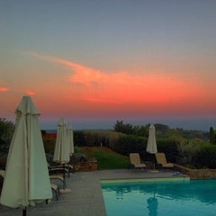 Photo taken at Agriturismo Guardastelle - Sovestro in Poggio Winery by Fausto M. on 9/27/2014