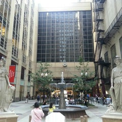 Photo taken at Chicago Board of Trade by Aslı K. on 9/16/2015