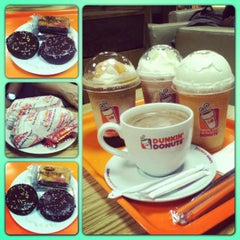 Photo taken at Dunkin' Donuts by Anastasia R. on 5/11/2013