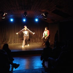 Photo taken at Teatro Club de Impro Lospleimovil by Claudio E. on 12/4/2013