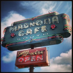 Photo taken at Magnolia Cafe South by Bryan F. on 7/28/2013