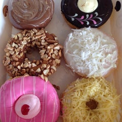 Photo taken at Big Apple Donuts & Coffee by Albert S. on 6/3/2014