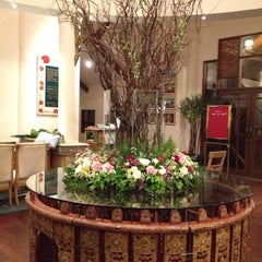 Photo taken at Felix River Kwai Resort (โรงแรมเฟลิกซ์ ริเวอร์แคว รีสอร์ท) by Jongsupa P. on 10/12/2012