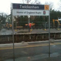 Photo taken at Twickenham Railway Station (TWI) by NiKkOs@n (ニコラ) on 1/31/2013