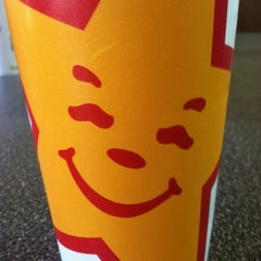 Photo taken at Hardee's / Red Burrito by Alan B. on 9/23/2012