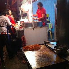 Photo taken at Tacos El Paisa by Manuel Naim M. on 9/2/2013
