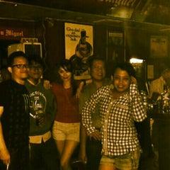 Photo taken at Venue Bar & Lounge by Amril Teguh P. on 12/14/2013
