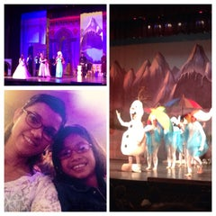 Photo taken at Teatro Abril by Karen S. on 9/21/2014