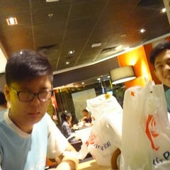 Photo taken at McDonald's by Aaron H. on 7/13/2014
