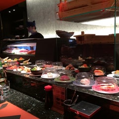 Photo taken at Zen Sushi by Davide Schoreder G. on 11/25/2014