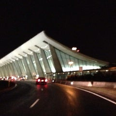 Photo taken at Washington Dulles International Airport by Barbara D. on 10/12/2013