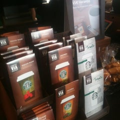 Photo taken at Starbucks by Den F. on 11/5/2012