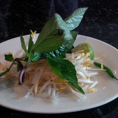 Photo taken at Pho 88 Vietnamese Cuisine by Carl-Edwin M. on 2/3/2013