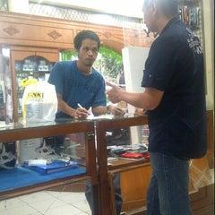 Photo taken at Link Cellular Depan Kantor DPRD Bukittinggi by Martha L. on 12/27/2013