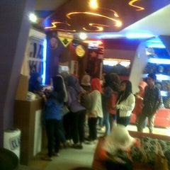 Photo taken at ReyHAN'S Karaoke Keluarga by Iman F. on 12/25/2013