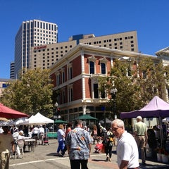 Photo taken at Old Oakland Farmers' Market by Rob S. on 8/30/2013
