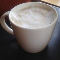 Photo taken at Starbucks by Daniel A. on 8/17/2014