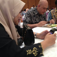 Photo taken at Dewan Jubli Perak SUK Selangor by Aishah R. on 8/16/2015