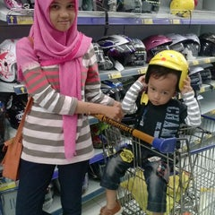 Photo taken at hypermart by Septi A. on 6/21/2014
