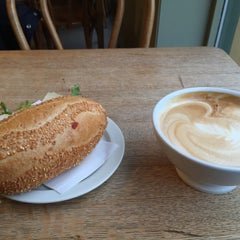 Photo taken at Kaffebrenneriet by Emre D. on 12/13/2014