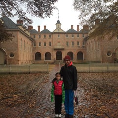 Photo taken at Wren Building and Courtyard by Chris E. on 11/27/2014