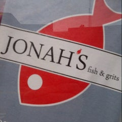 Photo taken at Jonah's Fish & Grits by Saralee P. on 1/5/2013