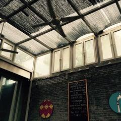 Photo taken at 葡萄院儿 Vineyard Cafe by Amanda Z. on 9/30/2015