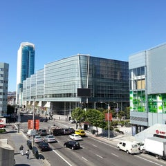 Photo taken at Moscone Center by Fritz S. on 4/18/2013