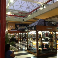 Photo taken at Centro Comercial Churún Merú by José G. S. on 10/23/2012