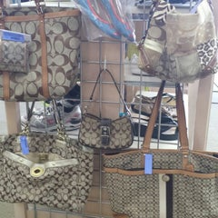 Photo taken at Crayons Children's Resale by Crayons C. on 4/28/2014