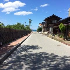 Photo taken at 夕日ヶ浦海水浴場 by 俣野 勇. on 7/20/2015