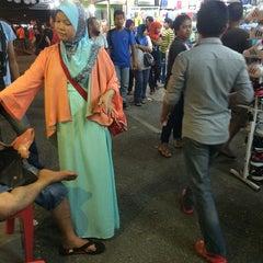 Photo taken at Downtown Kota D'sara by Muhammad A. on 5/31/2014