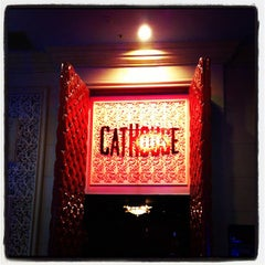 Photo taken at CatHouse Boutique Nightclub / Doohan's Bar & Lounge by Jay A. on 10/4/2012