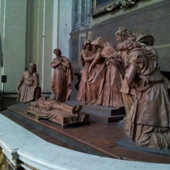 Photo taken at Cattedrale di San Pietro by Francesca R. on 11/24/2012