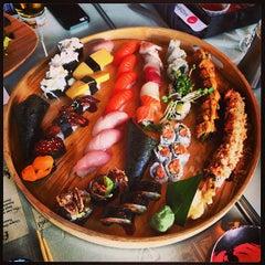 Photo taken at Moshi Sushi Bar by Robert C. on 4/5/2013