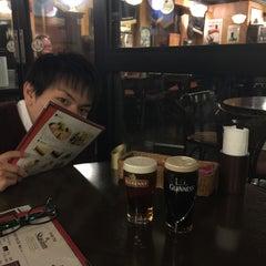Photo taken at Irish Pub Stasiun 田町店 by イシイ on 2/4/2015
