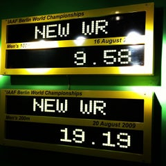 Photo taken at Usain Bolt's Tracks & Records by Gustavo C. on 11/14/2012