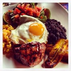 Photo taken at Restaurante Don Rufino by Carol C. on 1/30/2013