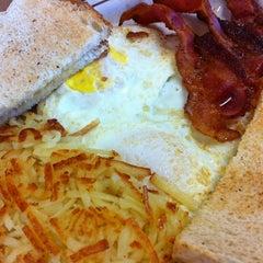Photo taken at George Webb Restaurants by Kristi S. on 10/27/2012