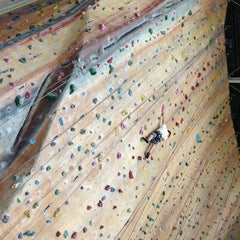 Photo taken at Hardrock Indoor Rock Climbing by Nino E. on 1/27/2013