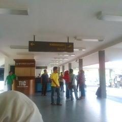 Photo taken at Bandara H. A. S. Hanandjoeddin (TJQ) by Oksita H. on 11/4/2013