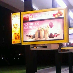 Photo taken at Sonic Drive-In #4609 by Rae D. on 11/1/2012