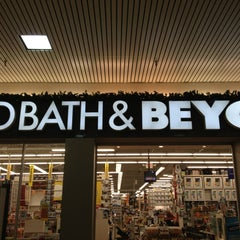 Photo taken at Bed Bath & Beyond by Steve G. on 12/30/2012