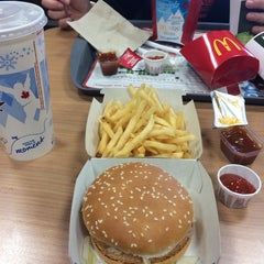 Photo taken at McDonald's by Laura-A. on 2/23/2014