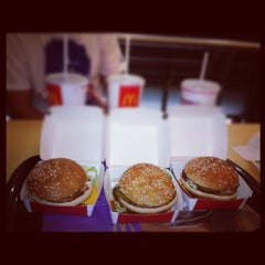 Photo taken at McDonald's by Matias A. on 3/27/2012