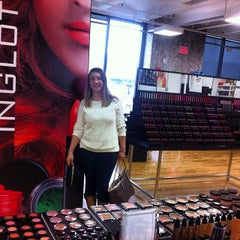 Photo taken at Inglot Cosmetics by Barbara B. on 10/26/2013